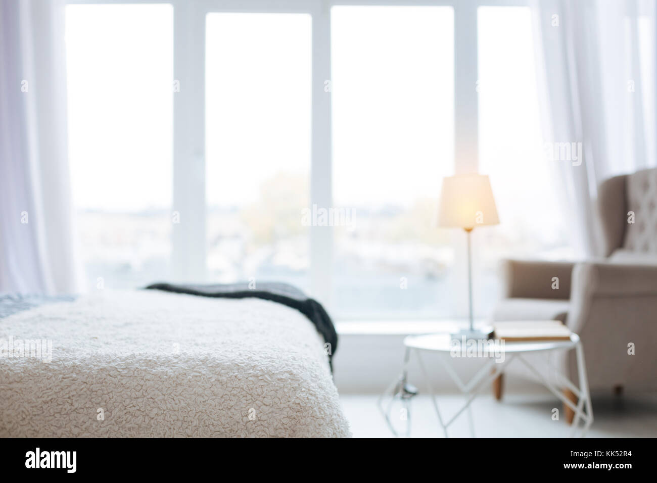 Camere Da Letto Stile Francese : Stile elegante e luminosa camera da letto confortevole con