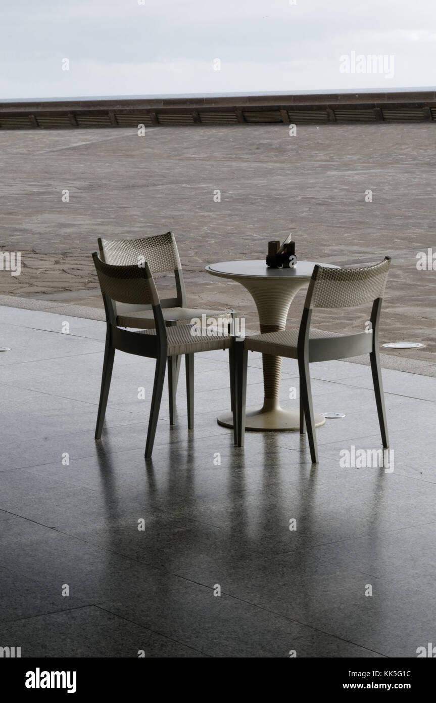 Sedie In Plastica Per Bar.Tavolo Sedie Mobili Di Plastica A Buon Mercato Bar Bar Per