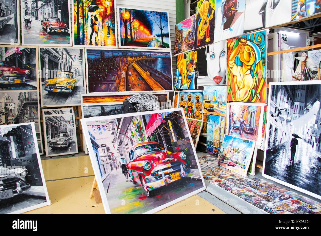 Centro Cultural Antiguos Almacenes De Deposito San Jose mercato, Havana, Cuba Immagini Stock