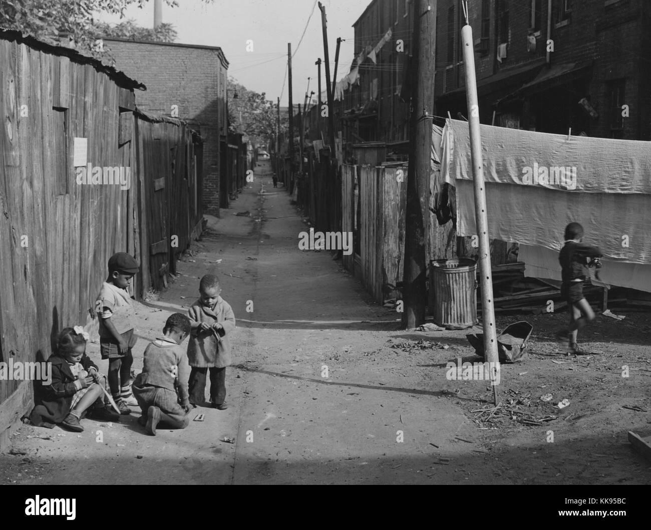 Fotografia In Bianco E Nero Di Afro Americano Di Bambini Che Giocano