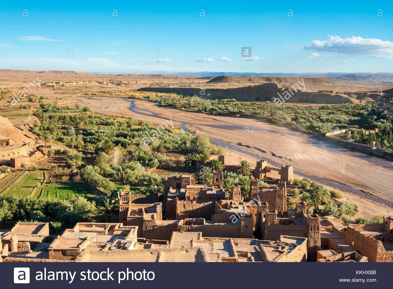 Il Marocco, Sous-Massa (Sous-Massa-Draa), provincia di Ouarzazate. Vista dal villaggio uppter all'interno di Immagini Stock