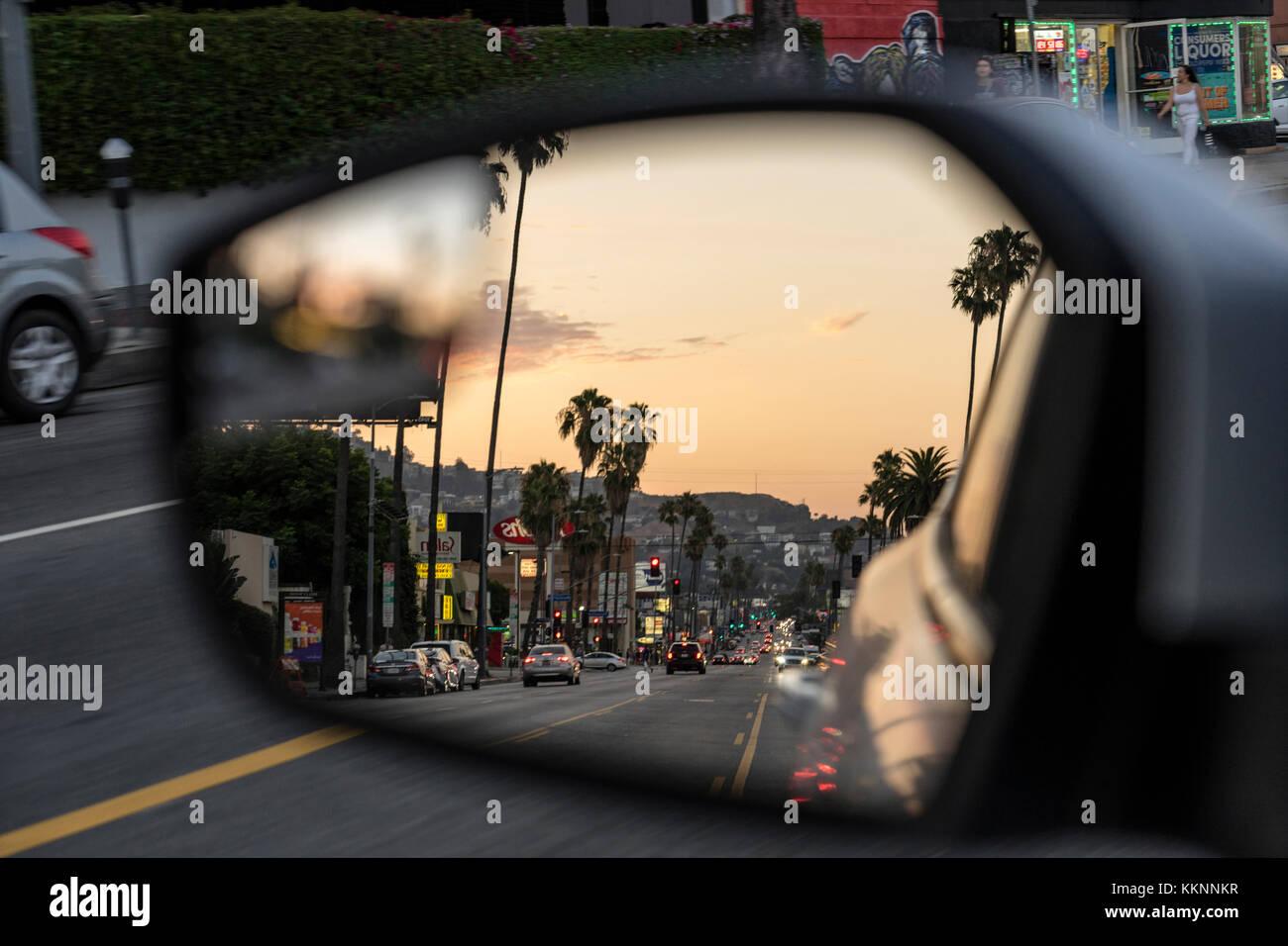 Hollywood in uno specchietto retrovisore, Hollywood Boulevard, Los Angeles, California, Stati Uniti d'America Immagini Stock
