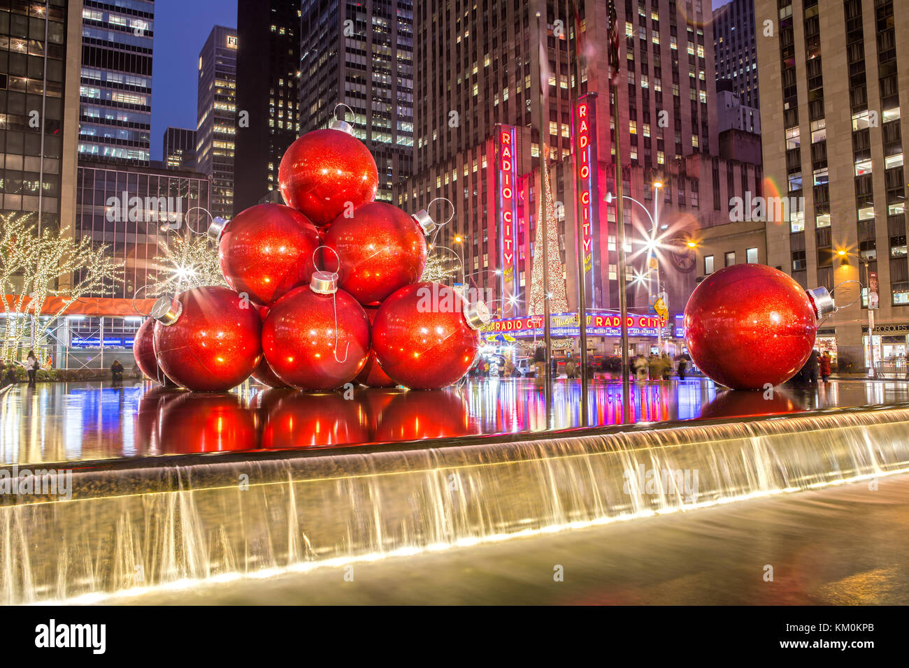 Decorazione di Natale nel centro di Manhattan a New York City Immagini Stock