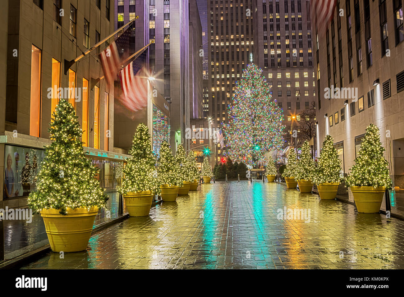 Albero Di Natale New York 2019.Albero Di Natale Al Rockefeller Center Di Manhattan New York City