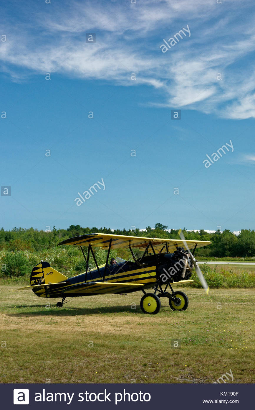 1930 Curtiss-Wright Tavel aria D-4000 Speedwing biplano a testa i gufi Transportation Museum, Maine Immagini Stock