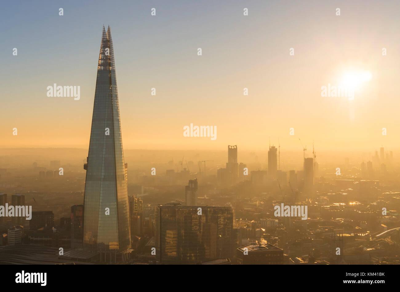 La shard Londra Inghilterra Londra uk gb UE Europa la shard Londra Londra Inghilterra Regno unito Gb eu europe Foto Stock