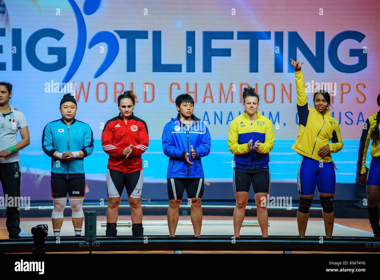 Anaheim, nov 30: 2017 atleti di sollevamento pesi internazionale federazione campionati del mondo il Nov 30, 2017 Immagini Stock