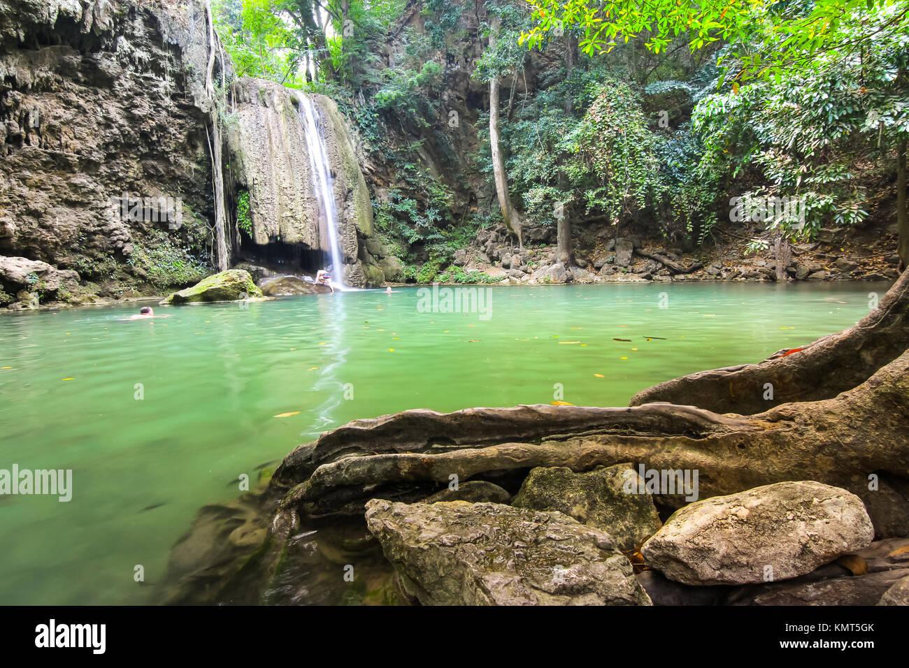 Erawan cascata nel Parco Nazionale di Erawan, Kanchanaburi Thailandia Immagini Stock