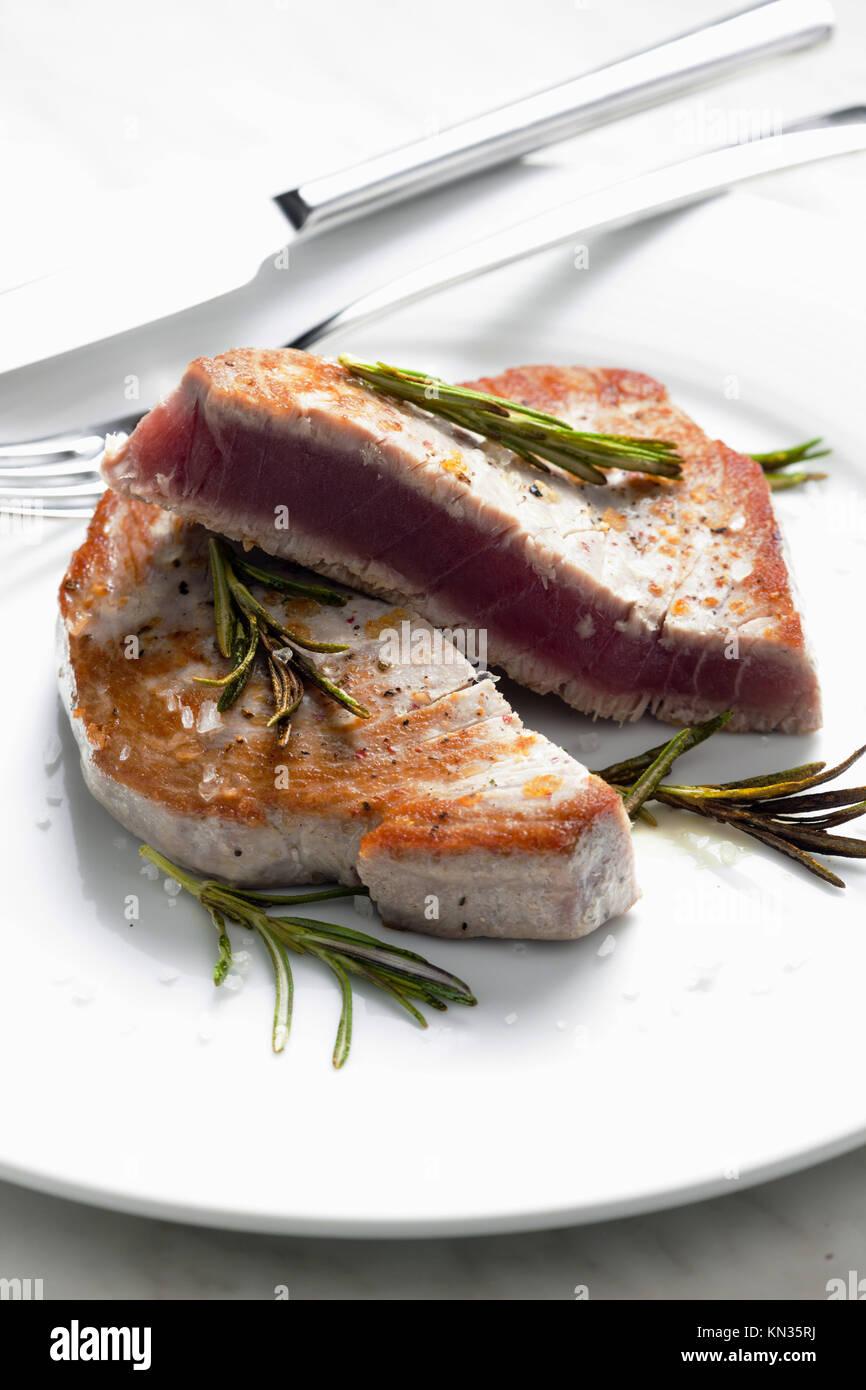 Bistecca di tonno. Immagini Stock