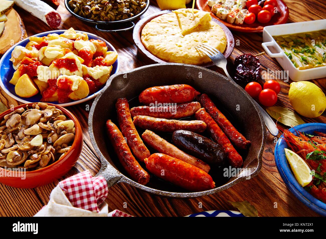 Tapas tipiche da Spagna mix. Immagini Stock