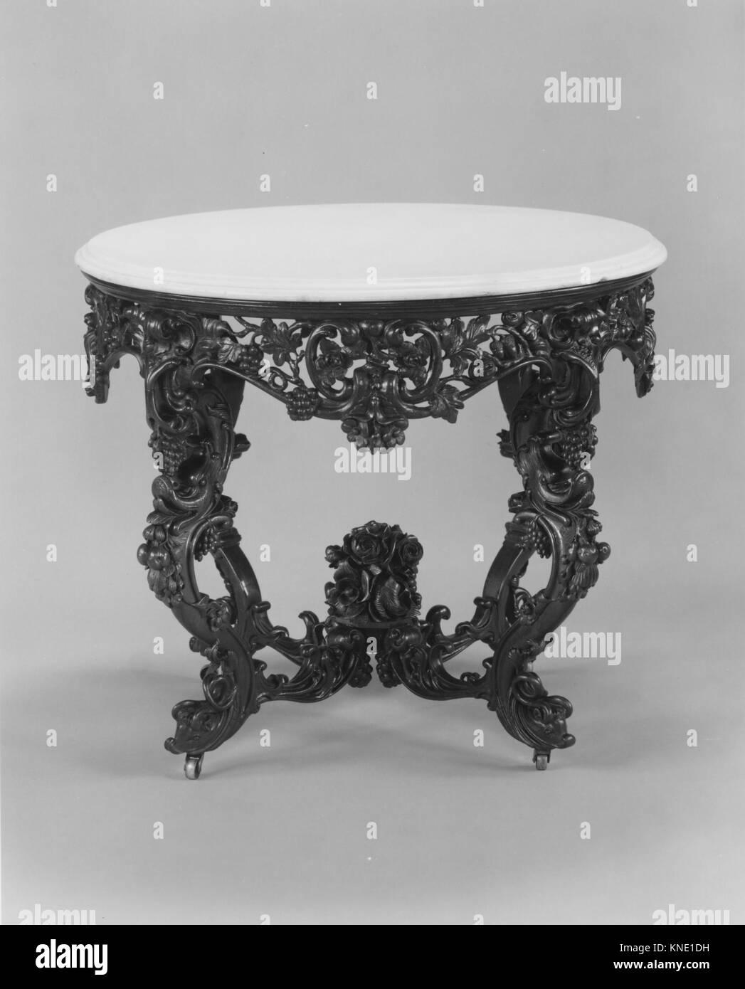 Tavolo console incontrato 231486 2251 Maker: attribuita a Giovanni H. Belter, 1804?1863, Tavolo console, ca. 1855, Immagini Stock