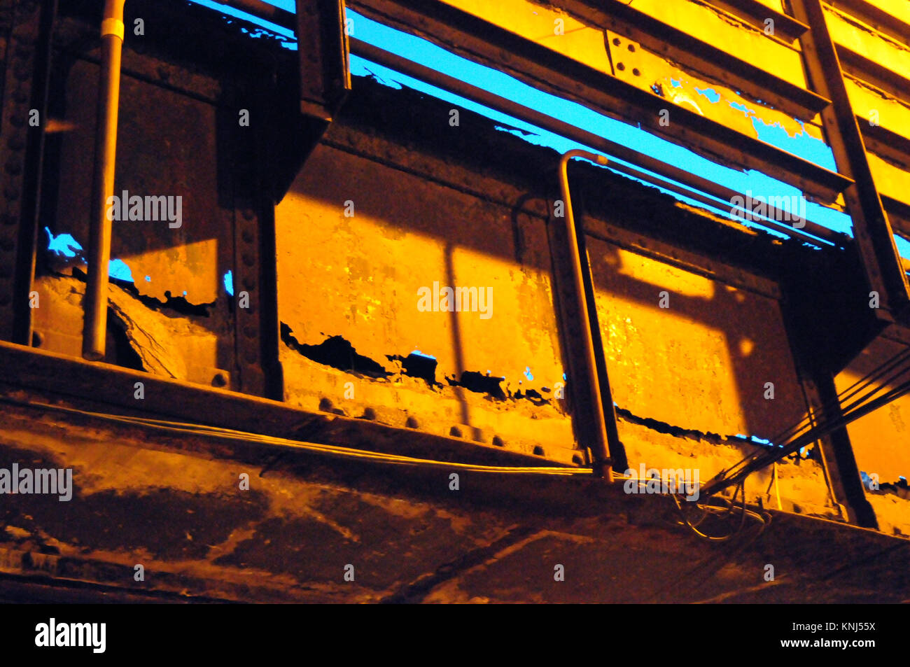 Passato a causa manutenzione di crossover in rovina in Chicago, ILL Immagini Stock