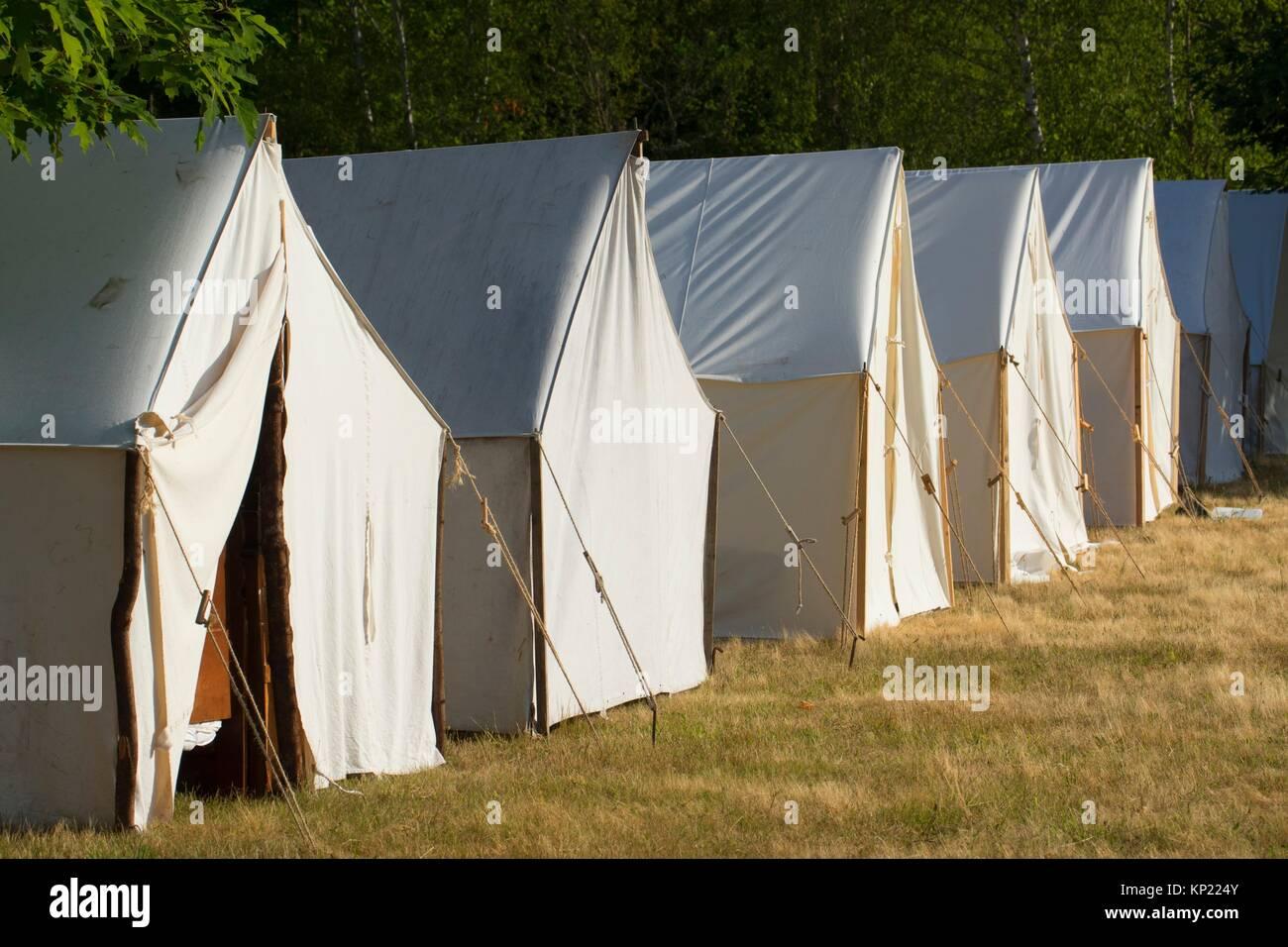 Tende da campo, guerra civile rievocazione, Willamette Missione del parco statale, Oregon. Immagini Stock