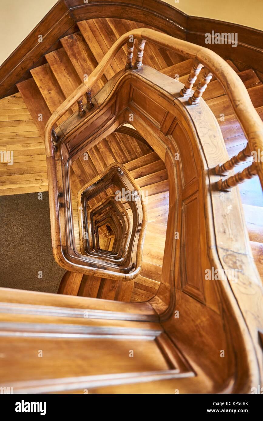 Scala di legno vista da sopra. Immagini Stock