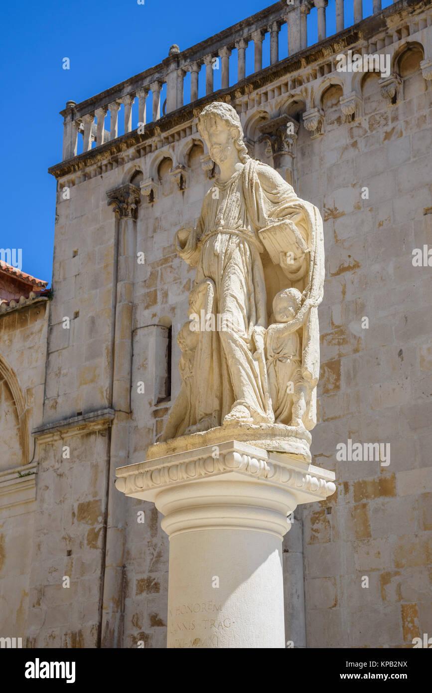 Statua, centro storico di Traù, Croazia Immagini Stock