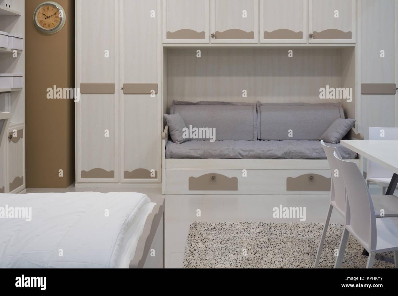 Letto Armadio Matrimoniale : Nuovo arredamento confortevole letto matrimoniale tavolo sedie