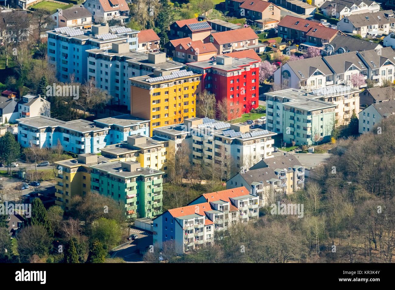 Grattacieli colorati, tenements, Quambusch, Hoexter road, Hagen, zona della Ruhr, Renania settentrionale-Vestfalia, Immagini Stock