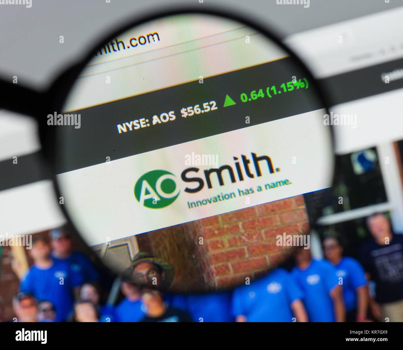 Milano, Italia - 10 agosto 2017: A.O.Smith website homepage. Si tratta di un produttore americano di sia residenziale Immagini Stock