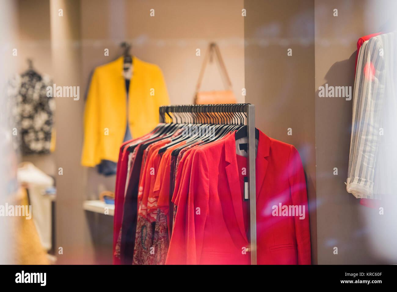 542be1a1f10d Elegant Display Wardrobe Immagini   Elegant Display Wardrobe Fotos ...