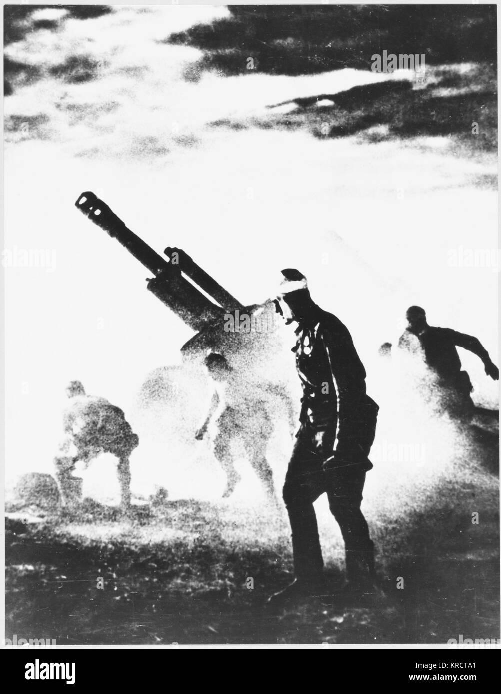 Artiglieria sovietica in azione durante la battaglia decisiva che effettivamente impedito qualsiasi ulteriore anticipo Immagini Stock