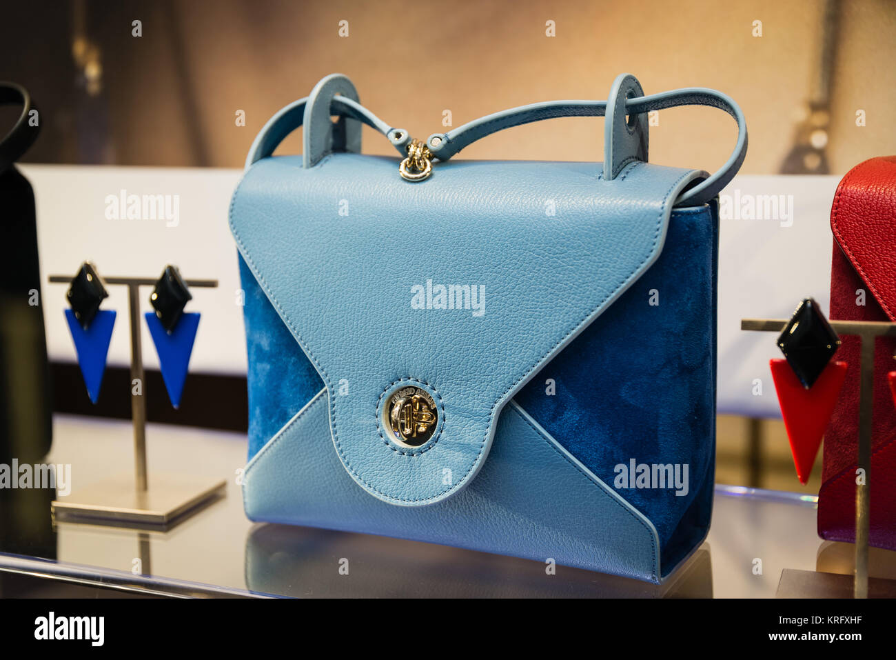 Stock Immagini Shop Fotos amp; Alamy Armani SqZCOn