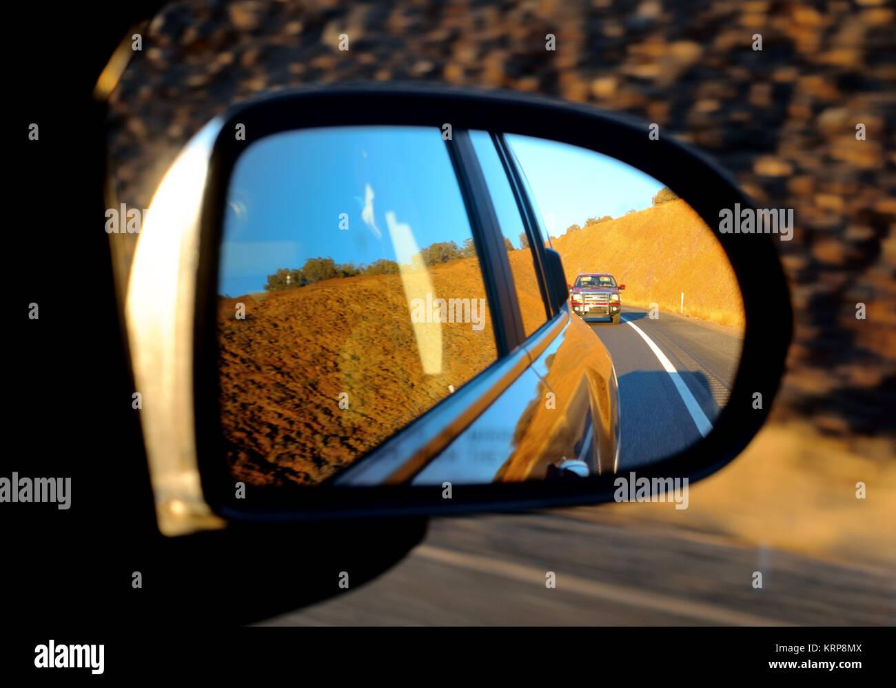 Lato destro sul retrovisore USA autostrada. Immagini Stock
