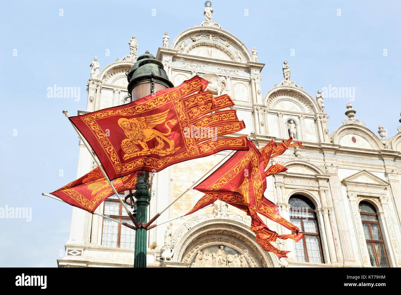 Bandiere di Venezia Foto Stock