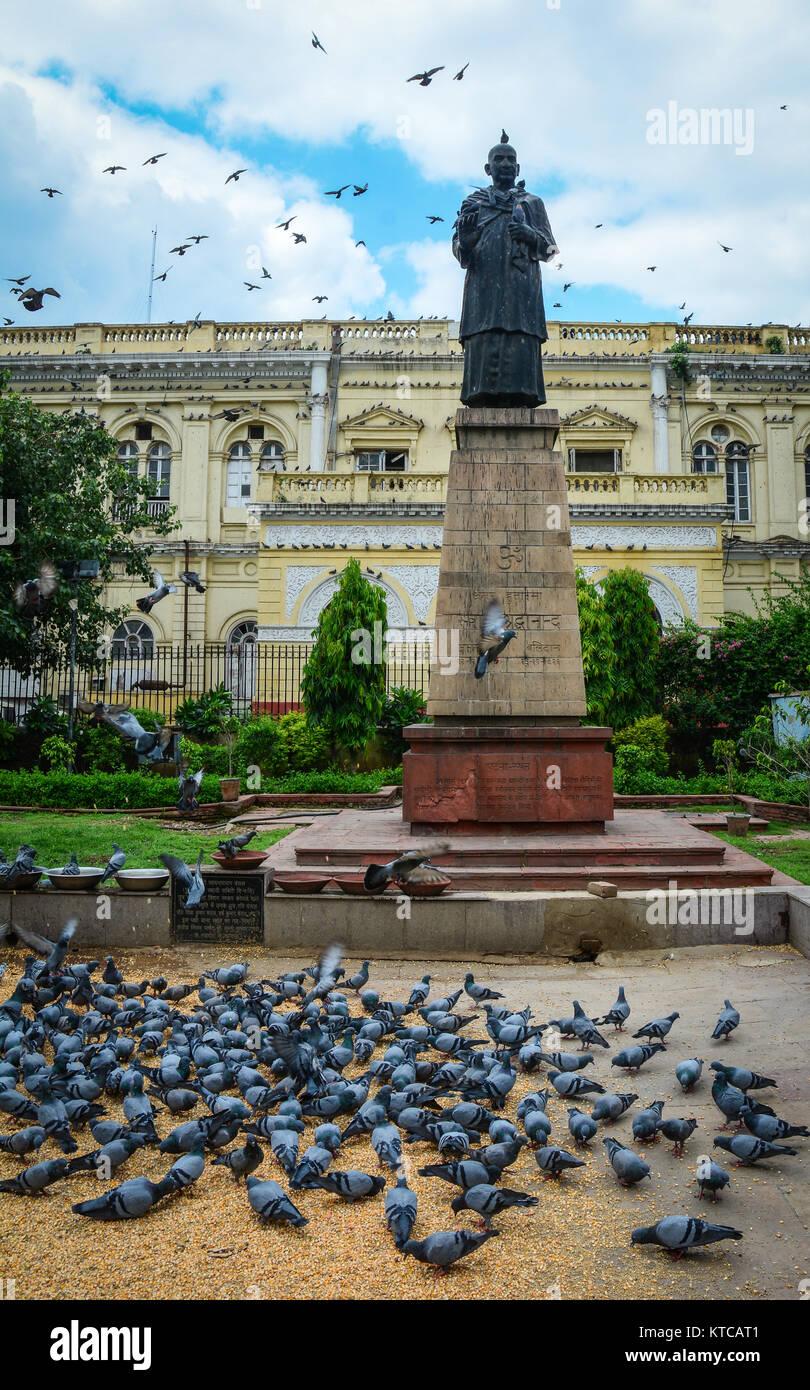 Il Mahatma Gandhi statua nel centro di Delhi, India. Gandhi è ufficiosamente chiamato il padre della nazione Immagini Stock