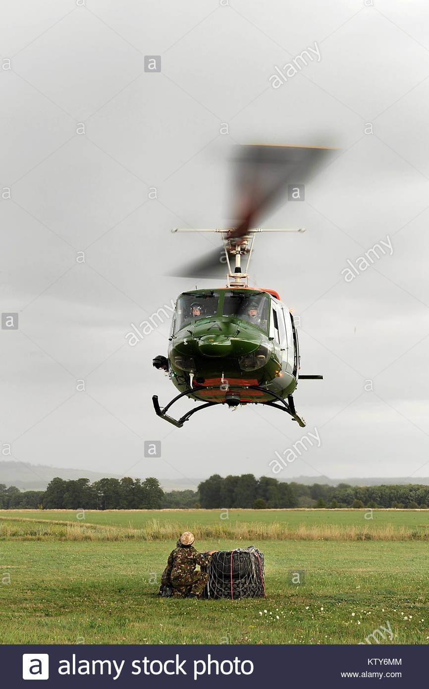 Elicottero 205 : Un esercito aria corps bell elicottero da squadrone a