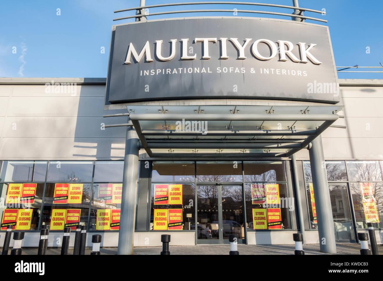 Multiyork showroom mobili per chiudere la vendita come impresa entra administration Immagini Stock