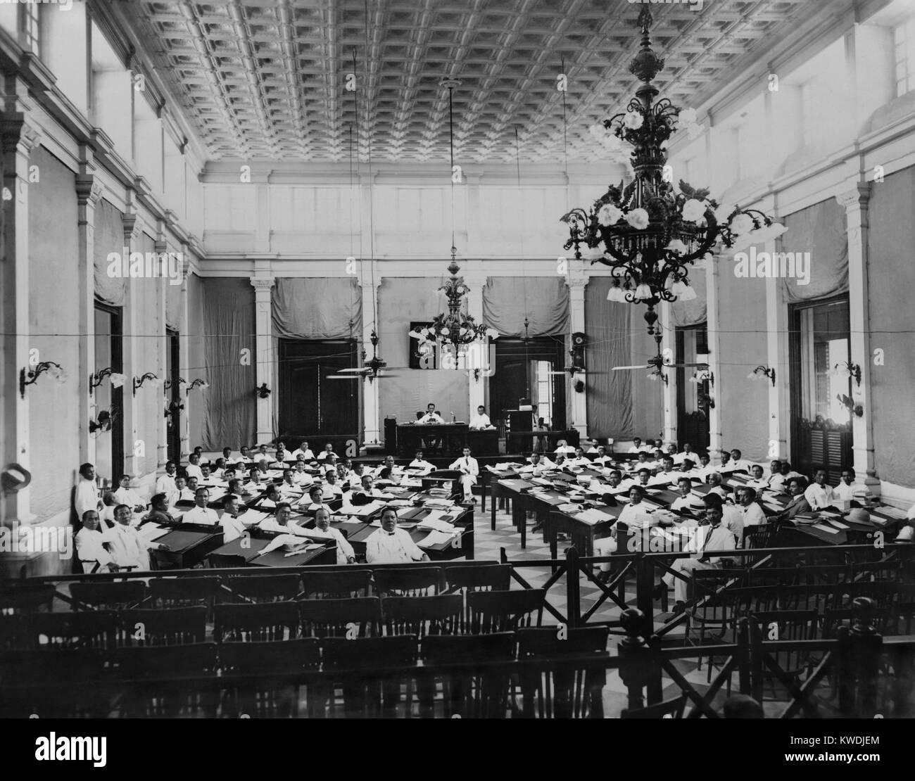 Il gruppo delle Filippine in sessione, c. 1907. L'eletto popolarmente legislatura è stata stabilita dal Immagini Stock