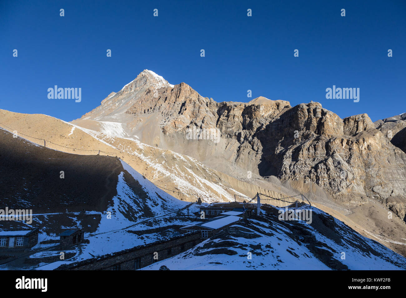 Circuito Alba : Thorung la pass immagini & thorung la pass fotos stock alamy