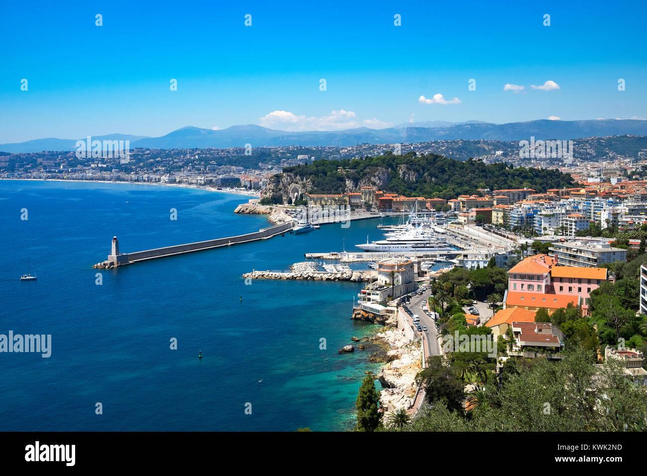 Porto e marina nella città di Nizza costa azzurra, francia. Immagini Stock