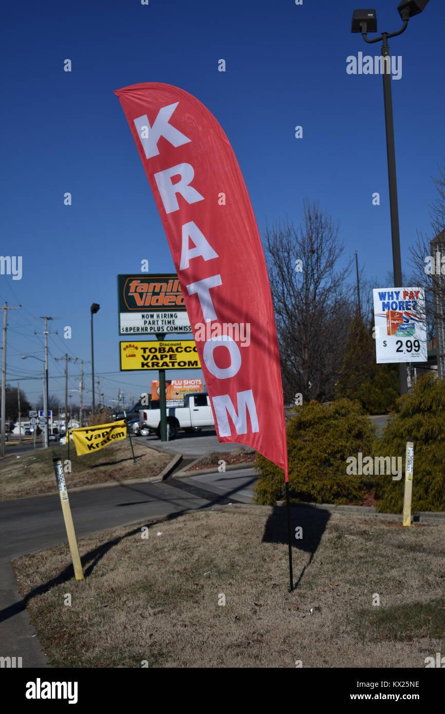 Local Kratom shop lungo il Kentucky / confine Tennessee. Kratom è legale in Kentucky, ma in Tennessee e il Immagini Stock