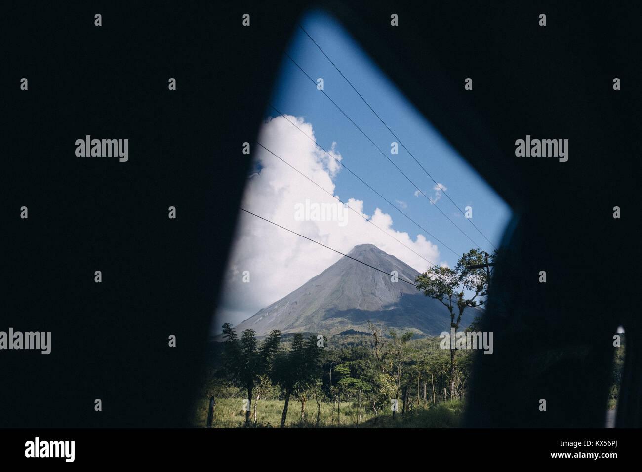 Il Vulcano Arenal, al Parco Nazionale del Vulcano Arenal, la Fortuna, Alajuela, Costa Rica Immagini Stock