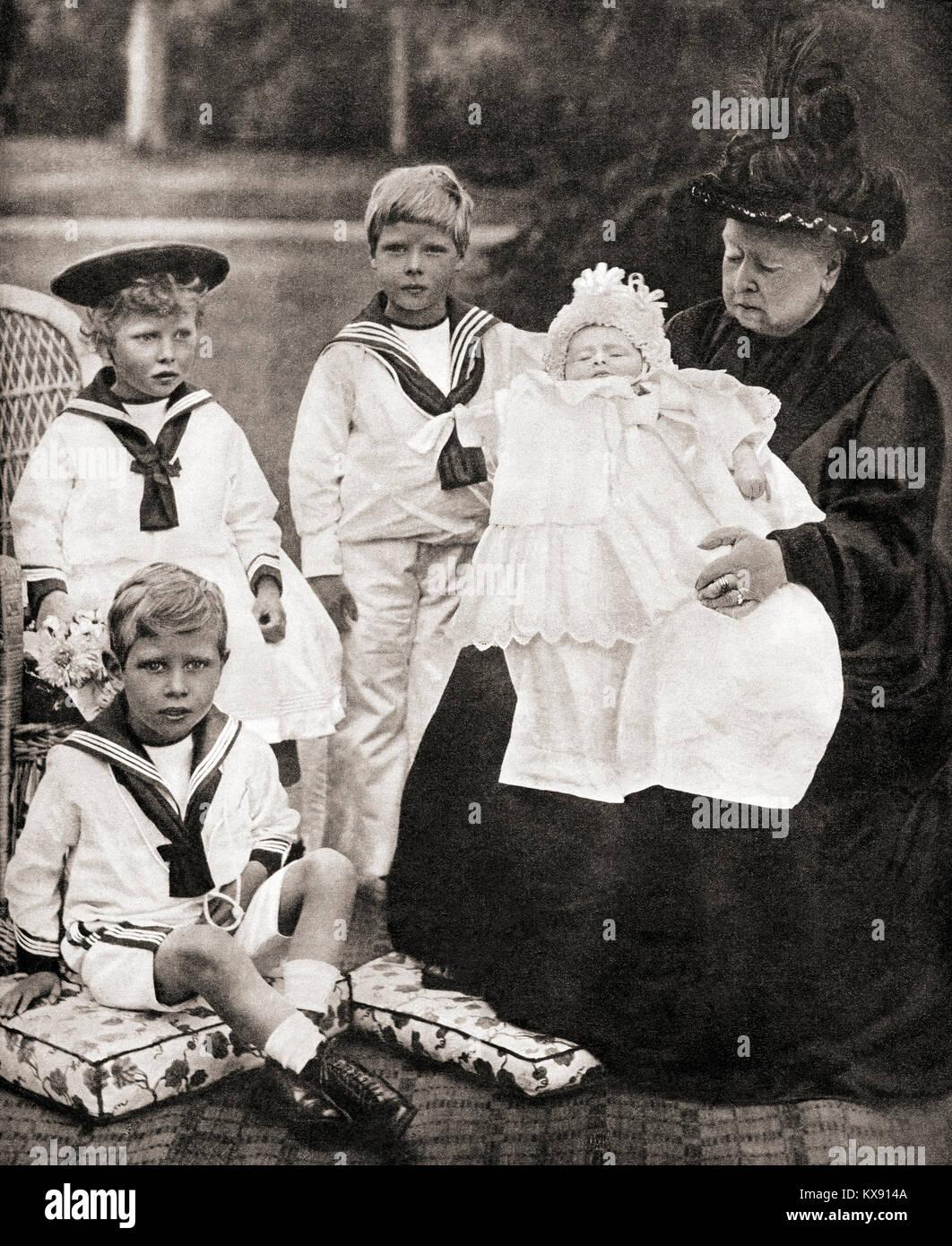 La regina Victoria e la sua grande grand-bambini, da sinistra a destra, il Principe Albert (futuro George VI), la Immagini Stock
