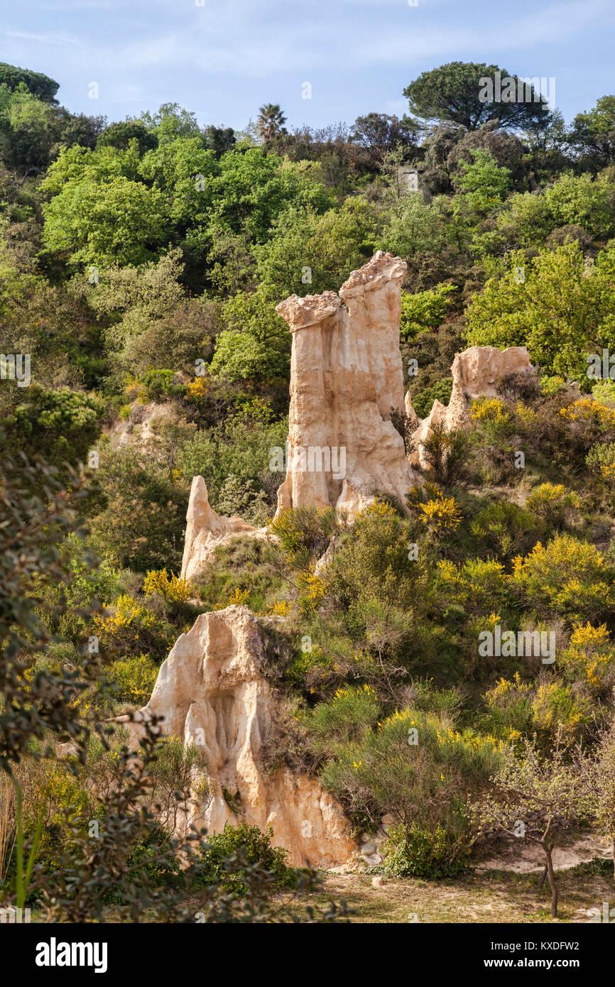 Les Orgues d'Ille sur Tet, Languedoc-Roussillon, Pyrenees-Orientales, Francia. Immagini Stock