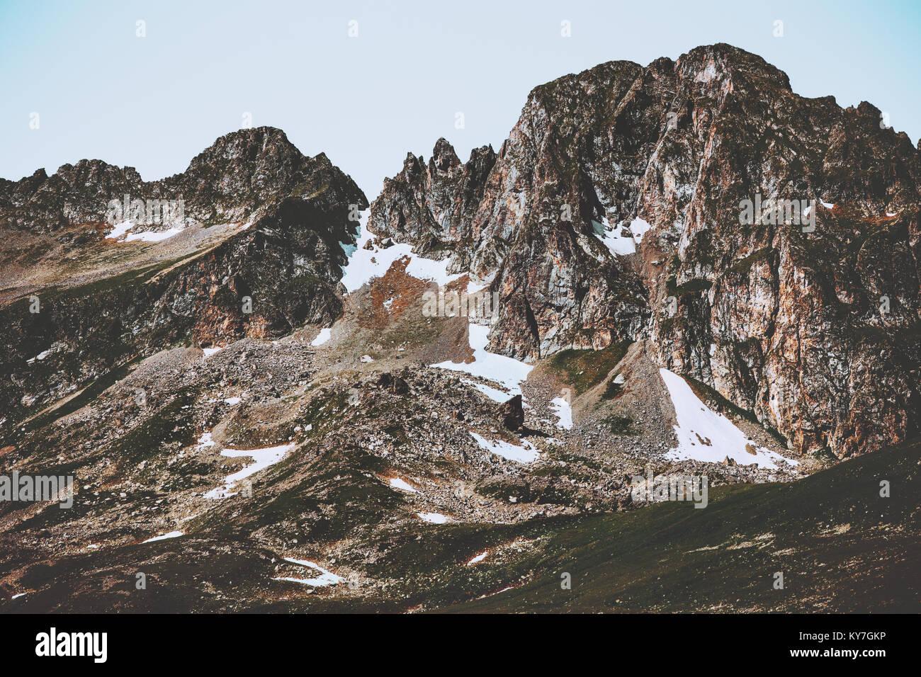 Montagne Rocciose paesaggio viaggio estivo natura selvaggia scenario Immagini Stock