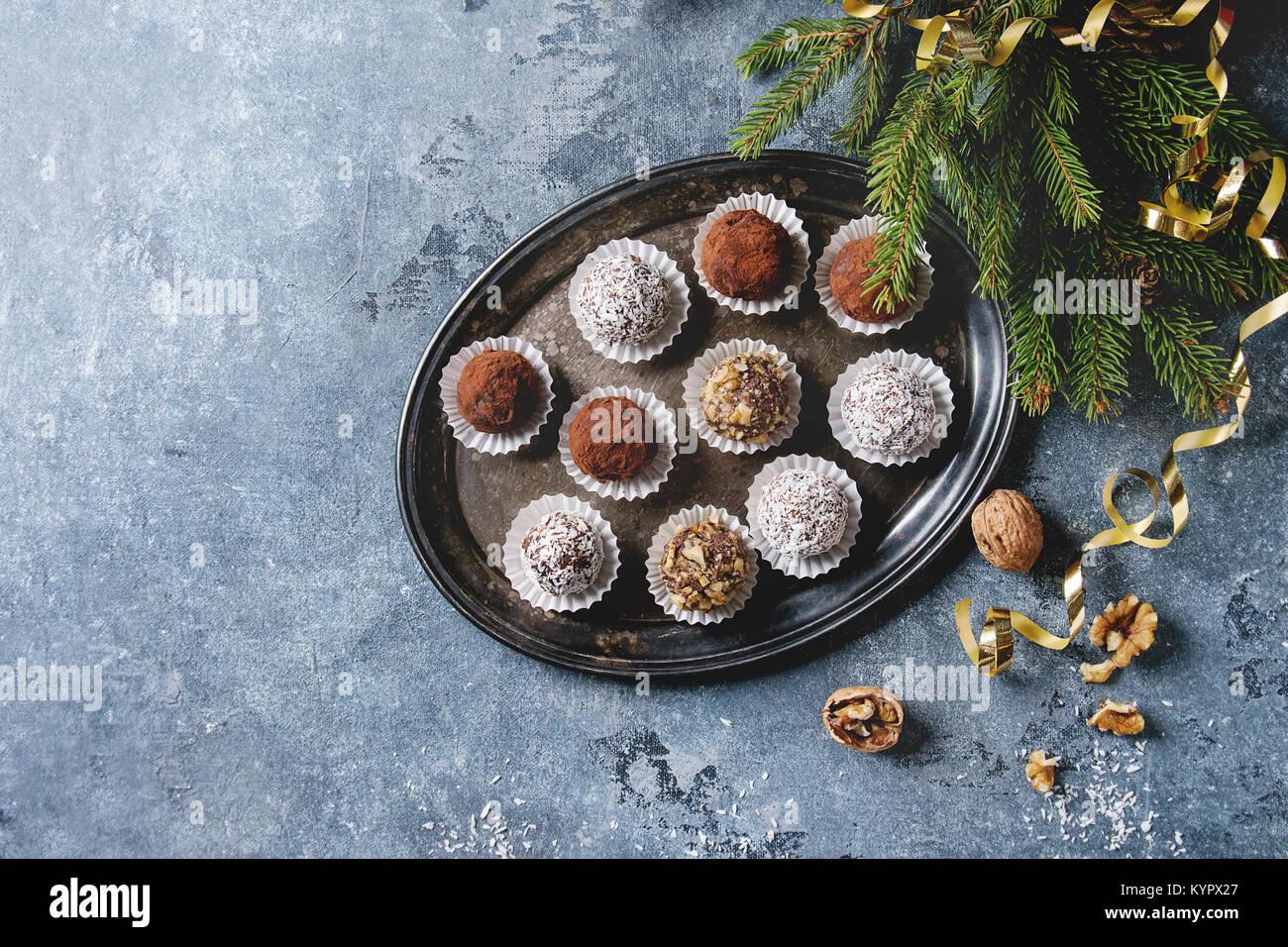 Casetta Di Natale Di Cioccolato : Ricetta liquore al cioccolato la ricetta di giallozafferano