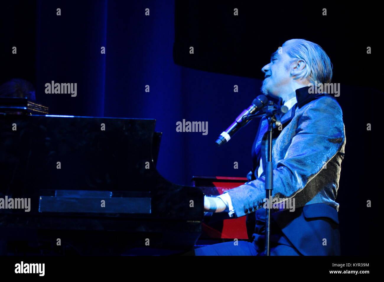 Morgan Premio tratto la di canta dall'Antologia River Andrè al Spoon musica' De Tenco 'Complice VGjLqzpMSU