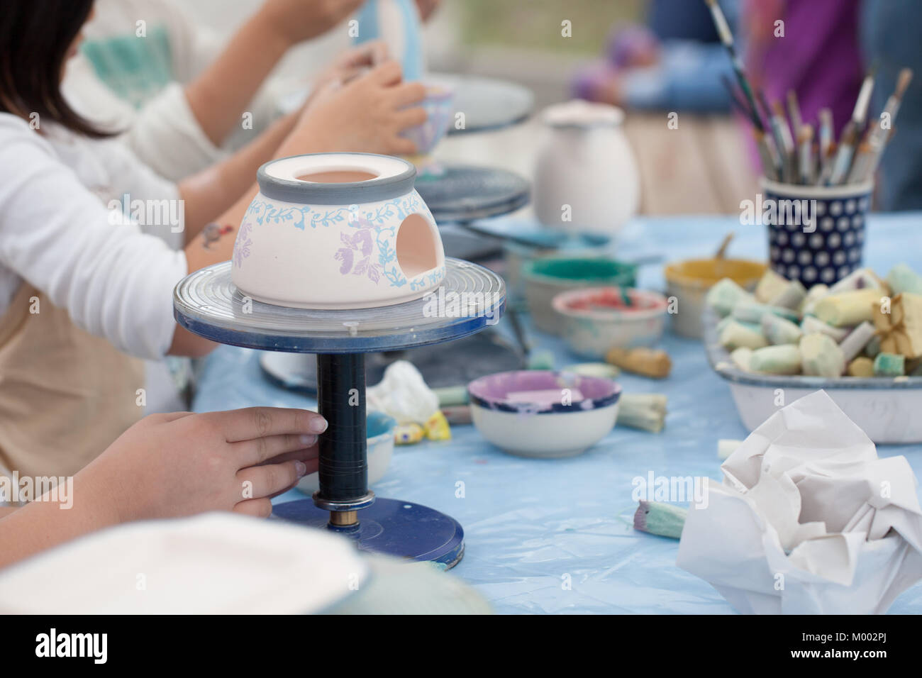 Piatti In Ceramica Per Bambini.Pittura Ceramica Pittura Per Bambini Piatti In Ceramica