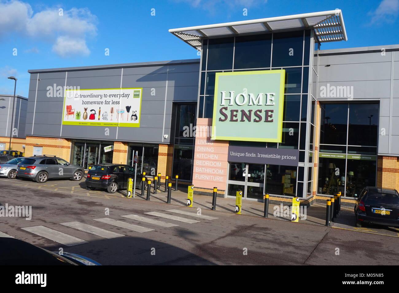 Home senso, Staples Corner Retail Park Immagini Stock