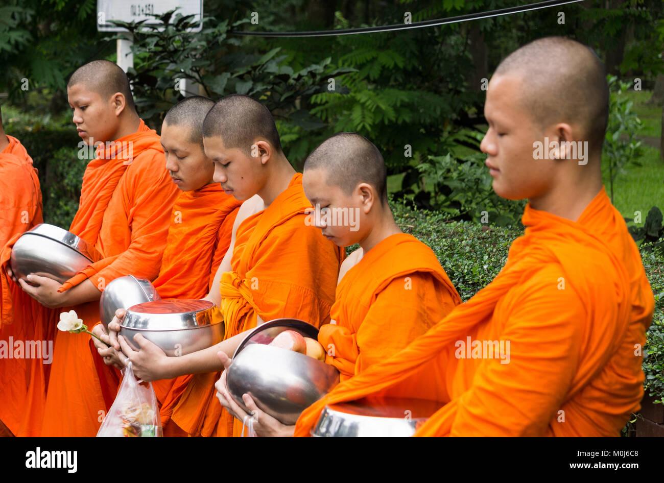 Asia,Thailandia,Chiang Mai,i monaci buddisti Immagini Stock