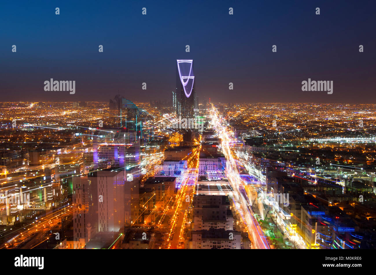 Riyadh skyline notturno n. 3 Immagini Stock