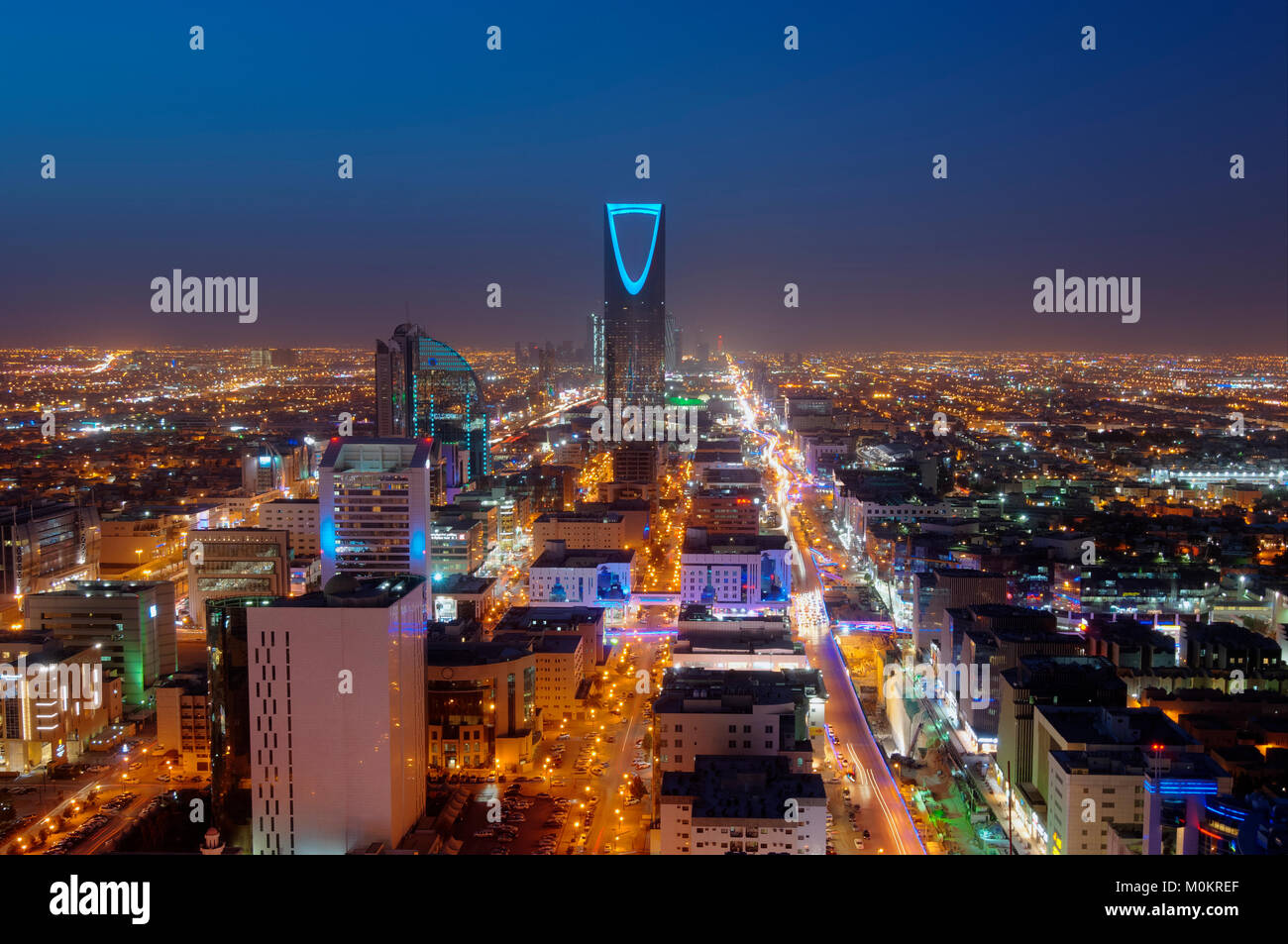 Riyadh skyline notturno n. 2 Immagini Stock