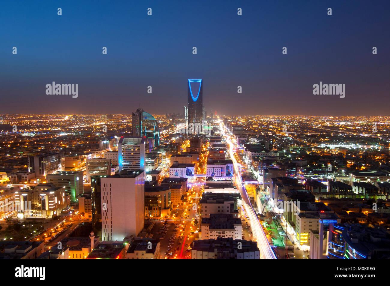 Riyadh skyline notturno n. 1 Immagini Stock