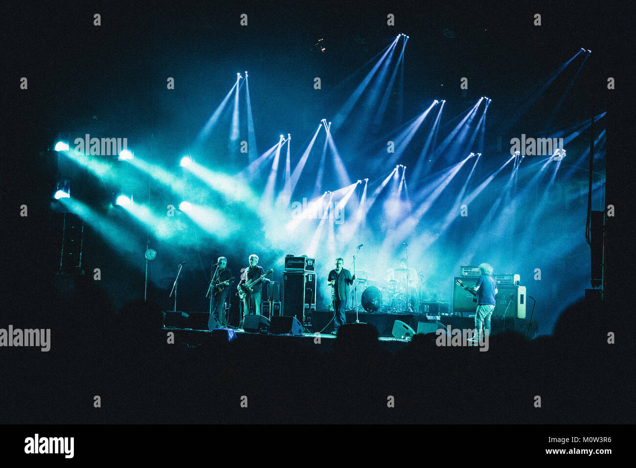 6d24465371 Il gruppo scozzese di Gesù e di Maria la catena esegue un concerto dal vivo  presso