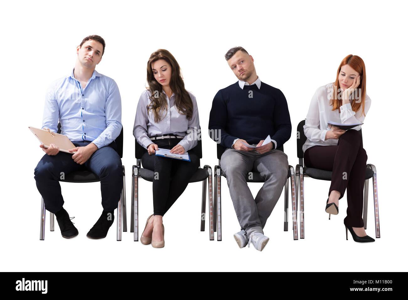 Foto Persone Sedute.Annoiato Business Persone Sedute In Fila Di Attesa Per Il