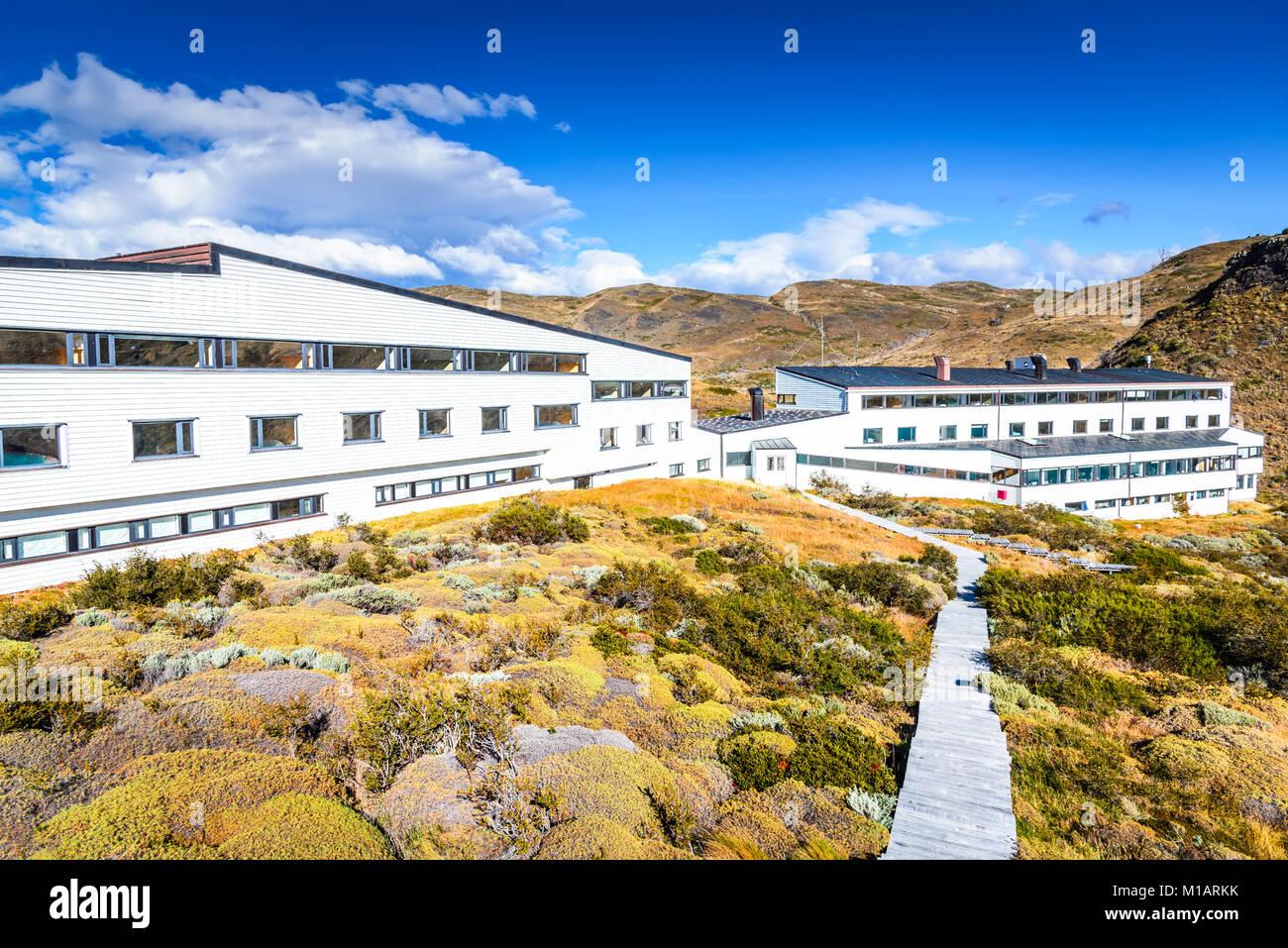 PATAGONIA, Cile - 19 Aprile 2017: Salto Chico, Torres del Paine, Cile. Autunno paesaggio australe in Patagonia con Immagini Stock