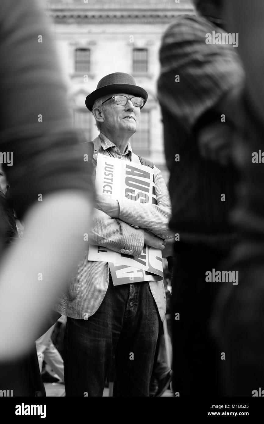 OAP vecchio uomo dimostra in #toriesout non un giorno di più la dimostrazione di Londra Sabato 1 Luglio 2017 Immagini Stock